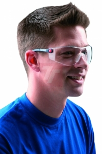 Investice do kvalitních ochranných brýlí se rozhodně vyplatí