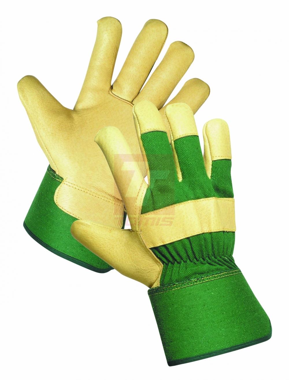 Jak při práci spolehlivě ochránit ruce před zimou i zraněním